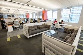 The Digital Insurer reviews HOK Group's Report on The new insurance workplace